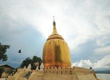 Stupa dorato della pagoda di Paya dei Bu Fotografia Stock Libera da Diritti