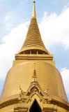 Stupa dourado Imagens de Stock Royalty Free