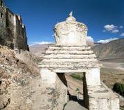 Stupa en el gompa de Karsha - monasterio budista en Zanskar fotografía de archivo libre de regalías
