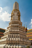 Stupa en el templo de Wat Phra Kaew, Bangkok Imagen de archivo