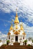 Stupa en Wat Tham Khuha Sawan Fotografía de archivo