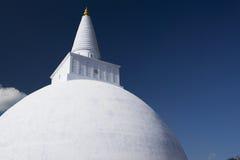 stupa för sri för anuradhapuralankamirisavetiya Arkivbilder