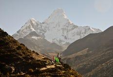 Stupa i Ama Dablam góra Zdjęcia Royalty Free