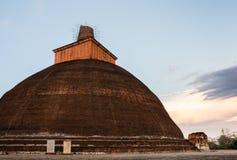 Stupa Jethawanaramaya, που βρίσκεται στις καταστροφές Jaetavana στοκ φωτογραφία