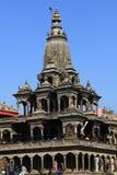 Stupa och tempel i den Durbar fyrkanten, Patan Royaltyfri Foto