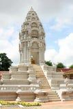 Stupa på den kungliga slotten i Phnom Penh Arkivbilder