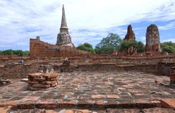 Stupa på Wat Mahathat, arkeologiska platser och kulturföremål Fotografering för Bildbyråer