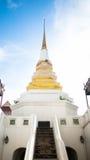 Stupa på Wat Yan Nawa Arkivbild