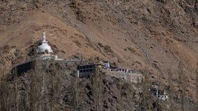 stupa shanti leh ladakh Индии стоковые фото