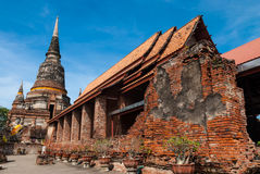 Stupa velho no templo Fotos de Stock Royalty Free