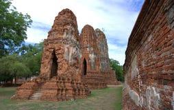 Stupa an Wat Mahathat, an den archäologischen Fundstätten und an den Artefakten Stockfotografie