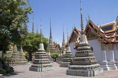 Stupas在Wat Po 免版税库存图片