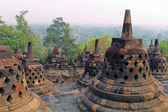 Stupas στο ναό Borobudur, κεντρική Ιάβα, Ινδονησία Στοκ Φωτογραφία