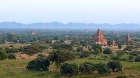 Stupas и пагоды Bagan старые Стоковые Фотографии RF