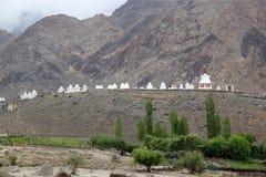 Stupas на монастыре Phyang, Ladakh, Индия Стоковое Изображение RF