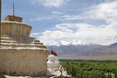 Stupas на монастыре Shey, Ladakh, Индия Стоковое Фото