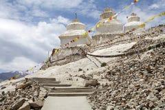 Stupas на монастыре Shey, Ladakh, Индия Стоковое фото RF