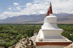 Stupas на монастыре Shey, Ladakh, Индия Стоковые Фото