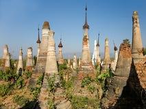 Stupas buddista. Indein Immagini Stock Libere da Diritti