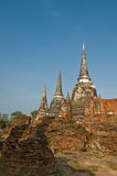 Stupas (chedis) de un Wat en Ayutthaya foto de archivo