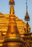 Stupas de oro de la pagoda Imagen de archivo