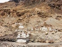 Stupas de vallée de Nubra photo stock