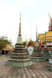 Stupas dorato in Wat Pho Buddhist Temple, Bangkok, Tailandia Fotografie Stock