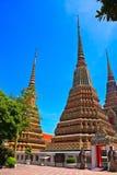 Stupas en Wat Pho Foto de archivo