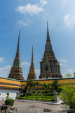 Stupas en Wat Pho Kaew, Bangkok, Tailandia Imagen de archivo libre de regalías
