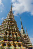 Stupas en Wat Pho Kaew, Bangkok, Thaïlande Photographie stock