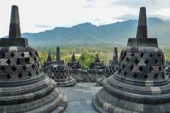 Stupas w Świątynnym Borobudur w Jawa obraz royalty free
