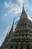 Stupas in Wat Pho Kaew, Bangkok, Thailand Stock Afbeeldingen