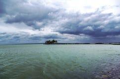 Sturm über dem See Stockfotografie