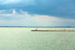 Sturm über dem See Lizenzfreie Stockfotos
