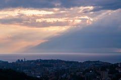 Sturm über der Stadt von Triest Lizenzfreies Stockfoto