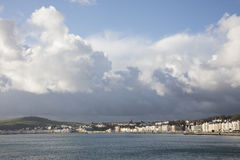 Sturm über Douglas Bay und Promenade Isle of Man lizenzfreie stockbilder