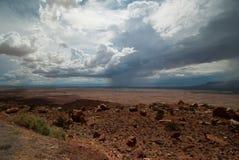 Sturm über Navajo-Reservierung stockfotos