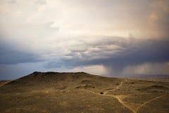 Sturm über Wüsten-Vulkanen im New Mexiko Stockfotos