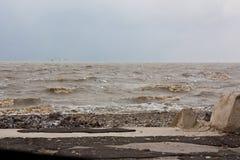 Sturm auf dem Meer von Asow Stockfotos