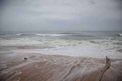 Sturm auf dem Strand Stockfotos