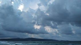Sturm auf einem Schwarzen Meer lizenzfreies stockbild