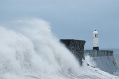 Sturm Gertrud schlägt Porthcawl, Südwales, Großbritannien