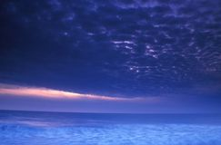Sturm am Sonnenuntergang Lizenzfreies Stockfoto