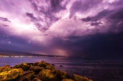 Sturm am Strand Stockfotos