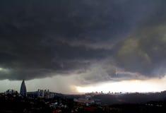 Sturm-Wolken in Kuala Lumpur Stockbild