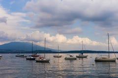 Sturmboote See Majourie Italien Stockbild