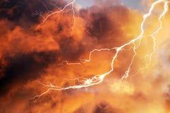 Sturmgewitter bei Sonnenuntergang Lizenzfreie Stockfotografie