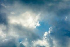 Sturmwolkenhintergrund stockbilder