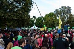 STUTTGART - 2010-09-18: Demonstratie tegen S21 Royalty-vrije Stock Foto
