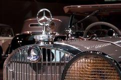 Stuttgart, Duitsland - 10 Februari 2016: Binnenland van museum Mercedes-Benz Welt Royalty-vrije Stock Afbeelding